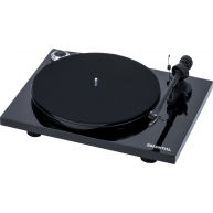 PRO-JECT Essential III Belt Drive Turntable Piano Black